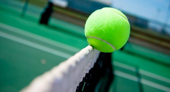 【テニス用語】知らないと恥ずかしい!ネットインの正式名称とは?